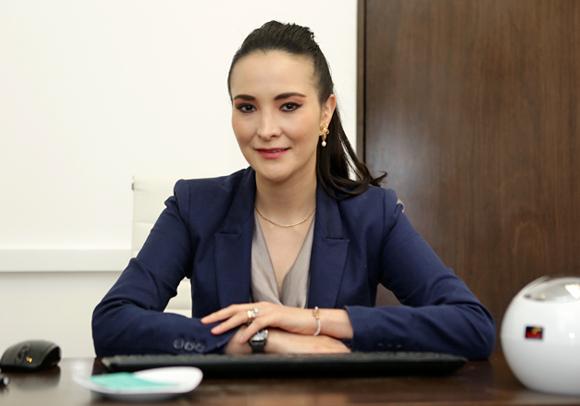 </p> <h1>Dra. Cynthia Mendoza</h1> <p>